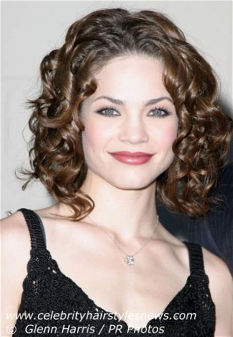 how to style rebecca herbst hair rebecca herbst with a victorian flair hairstyle with curls