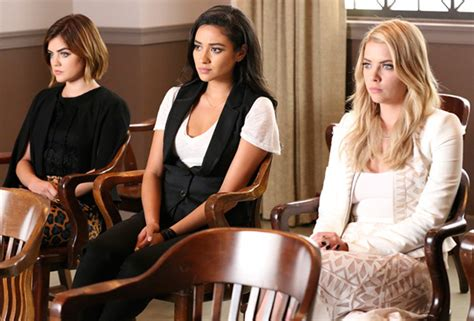 pretty liars 5 years later pretty liars special details five years