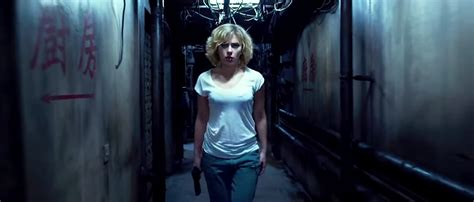 film lucy sub indo movie review lucy 2014 gollumpus
