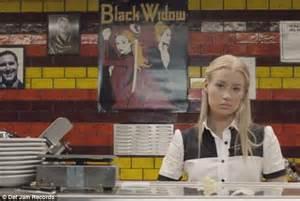 black widow awning iggy azalea unveils new black widow music video featuring rita ora daily mail online