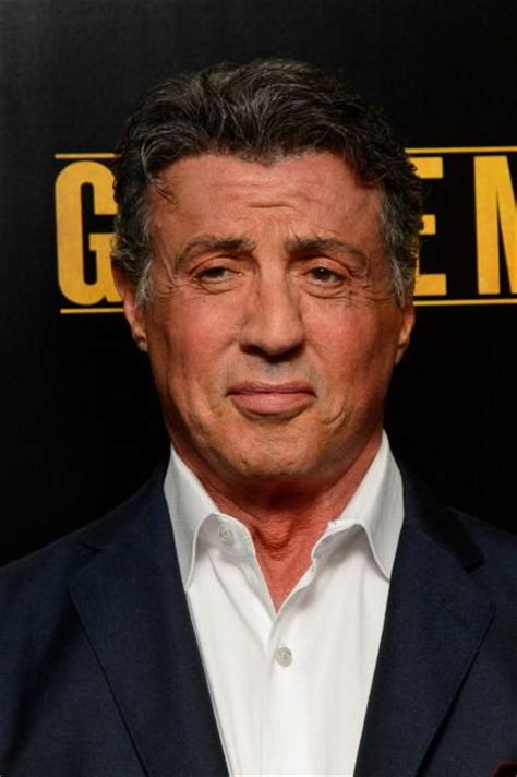 film rambo doi sylvester stallone se intoarce in ring la 67 de ani