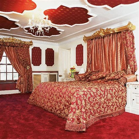 red and gold bedroom baroque red and gold bedroom ruby red bedroom ideas
