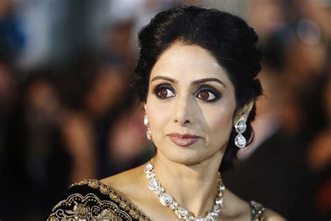 actress sridevi hd images legendary actor sridevi passes away bollyworm