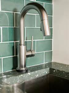 the hottest trends in faucets and finishes hgtv dream top 10 modern kitchen faucets trends 2017 ward log homes