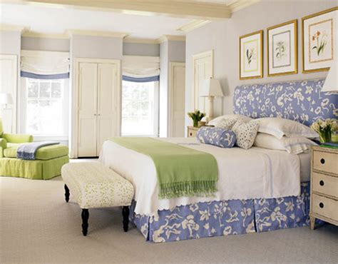 Healthy Wealthy Moms Romantic Blue And White Bedrooms Blue And White Bedroom Decorating Ideas