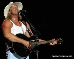 trace adkins swing batter trace adkins mom would love this picture favorite