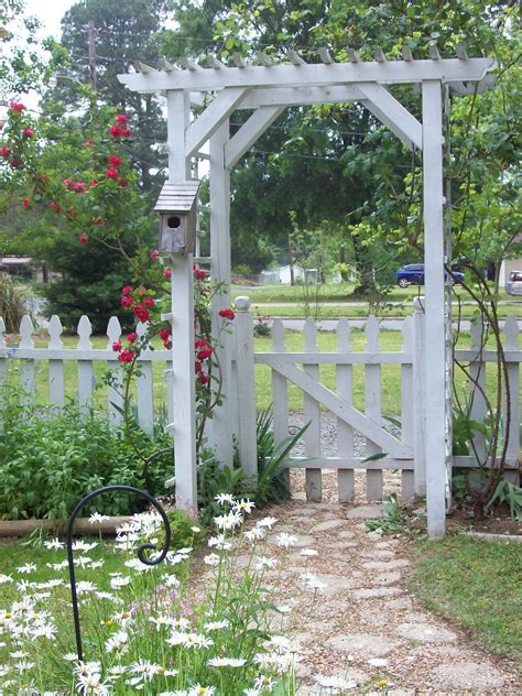 rose arbor and trellis my garden plans pinterest tx white picket fences and rose arbors i drew out the