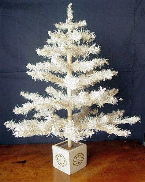 white feather christmas tree rpi design