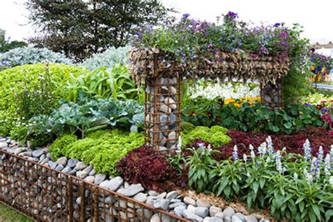 how to design a flower bed awe inspiring how to design a flower garden layout flower