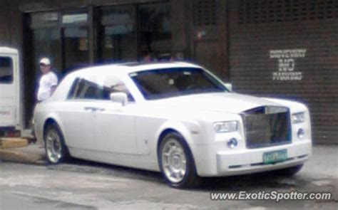 roll royce philippines rolls royce phantom spotted in manila philippines on 06