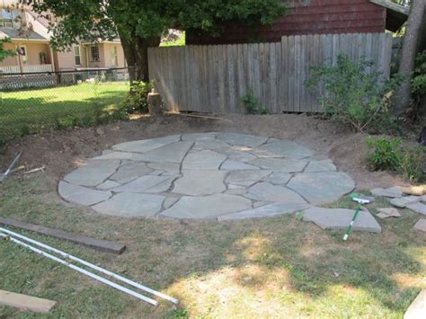 Laying A Flagstone Patio by How To Install A Flagstone Patio With Irregular Stones