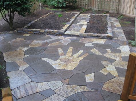 flagstone patio installation is a snap rock n dirt yard