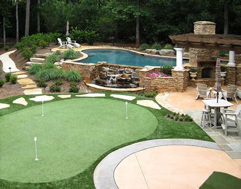 lanmark designs backyard golf green design