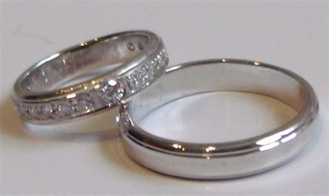 imagenes argollas de matrimonio en oro blanco anillos de matrimonio de oro blanco imagui
