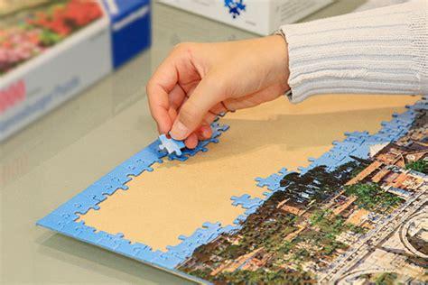 tisch zum puzzeln puzzlerahmen der bilderrahmen f 252 r ihr puzzle