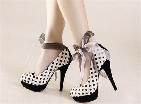 post a pic of beautiful high heels d taylor13