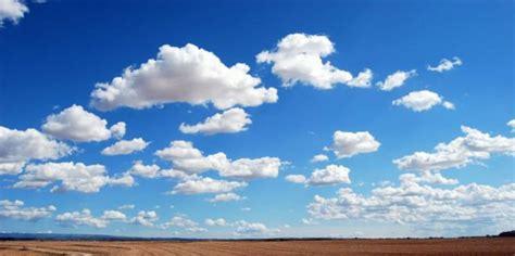 alasan  langit berwarna biru