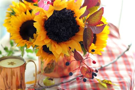paper sunflower tutorial how to make a paper sunflower