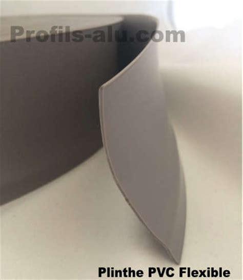 Couper Angle Plinthe by Couper Plinthe Angle Pas Droit Maison Design Apsip