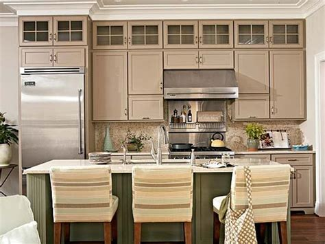 kitchen cabinets to ceiling pictures 9 ft ceilings and cabinets show me kitchens forum