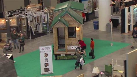 tiny house convention tiny houses draw a big crowd at home and remodeling expo at cleveland convention