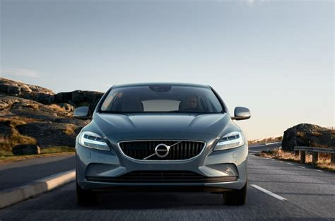 volvo in south africa volvo v40 enters new era of volvo cars cape town