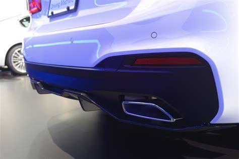 bmw 540i performance parts 2017 new york auto show bmw 540i wearing m performance parts
