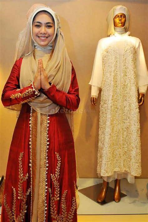 Dewi Syari Black oki setiana dewi style moslem