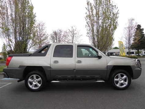 chevy avalanche bed size 2002 chevrolet avalanche 1500 z71 pkg low miles 4wd leather