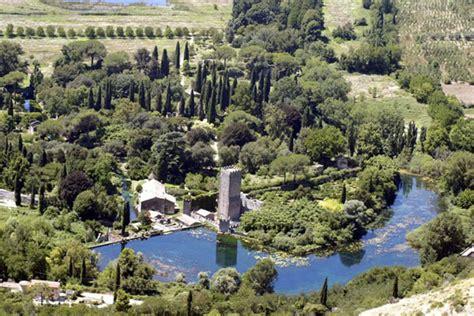 giardino delle ninfe roma quali sono i parchi pi 249 belli d italia giornale dell