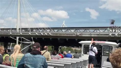 thames river cruise youtube sightseeing tour along the river thames london by city