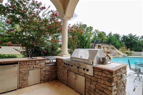 stacked outdoor kitchen stacked outdoor kitchen outside living