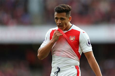 alexis sanchez future alexis sanchez arsene wenger delivers latest on arsenal