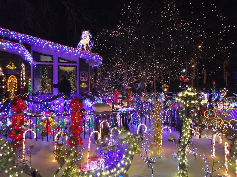 Christmas House With Lights In Sync To Music Video Backpacker World Travel