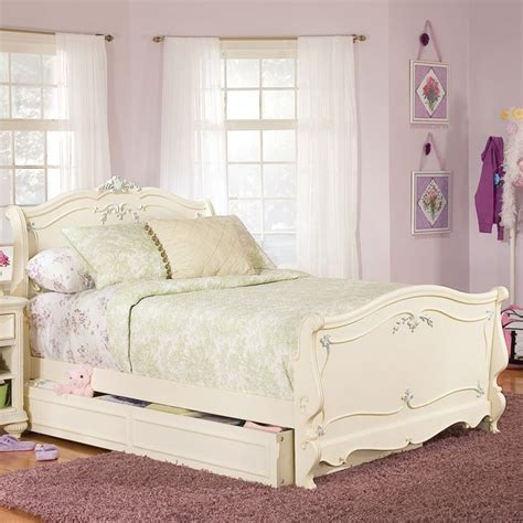jessica mcclintock bedroom furniture 17 best images about girls furniture on pinterest