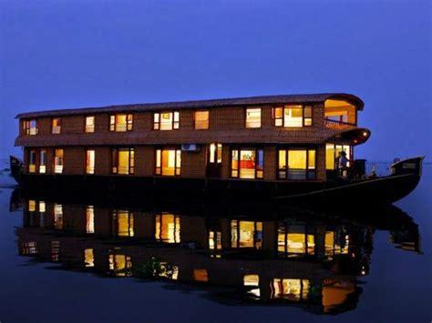kerala boat house trip alleppey houseboats kerala experience boat house trip