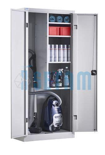 armoire a balais armoire d entretien placard balais portes battantes