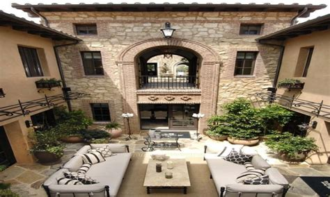 style courtyards style homes with courtyards mediterranean style