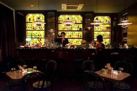 11 best cocktail bars in singapore that will shake up your day