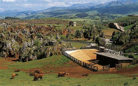 cabarceno entrada cab 225 rceno el quinto pueblo m 225 s buscado en turismo rural