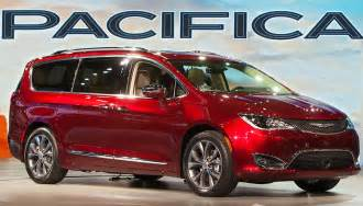 Minivan Chrysler 2018 Chrysler Pacifica That Lovely Minivan Carbuzz Info