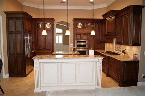 White Kitchen Island by Brown Kitchen Cabinets Modification For A Stunning Kitchen