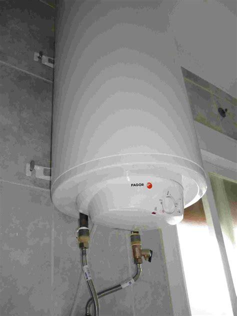tablon de anuncios  termo agua caliente  litros