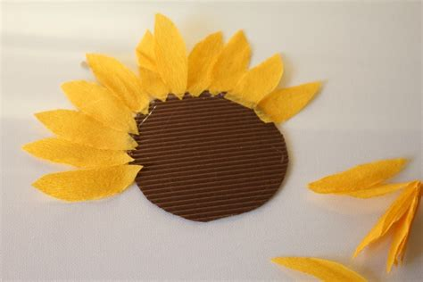 How To Make Sunflowers Out Of Tissue Paper - how to make paper sunflowers with pictures ehow