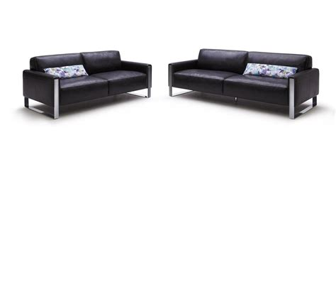 Modern Black Leather Sofas Dreamfurniture Modern Black Leather Sofa Set