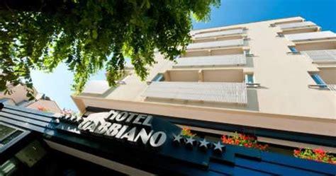 cattolica hotel gabbiano hotel gabbiano cattolica 4 stelle con piscina e wifi