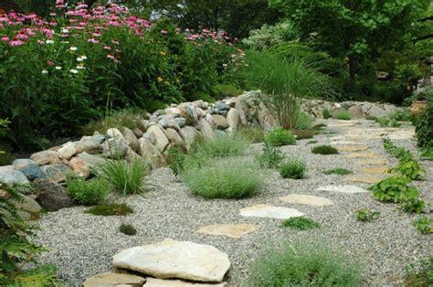 56 Ideen F 252 R Gartengestaltung Mit Kies Beispiele Fuer Moderne Und Attraktive Gartengestaltung Mit Kies