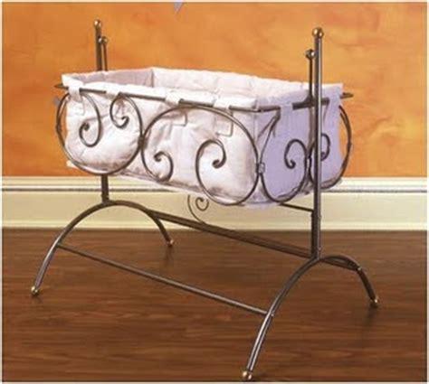 Tempat Tidur Bayi Besi metal interior produk tempat tidur besi