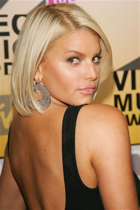 Jessica Simpson Hairstyles: Perfect Bob Hair Cut for