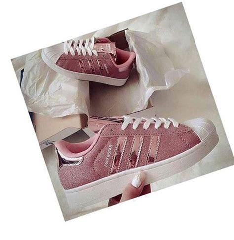 shoes gold adidas superstars adidas shoes adidas originals pink metallic glitter